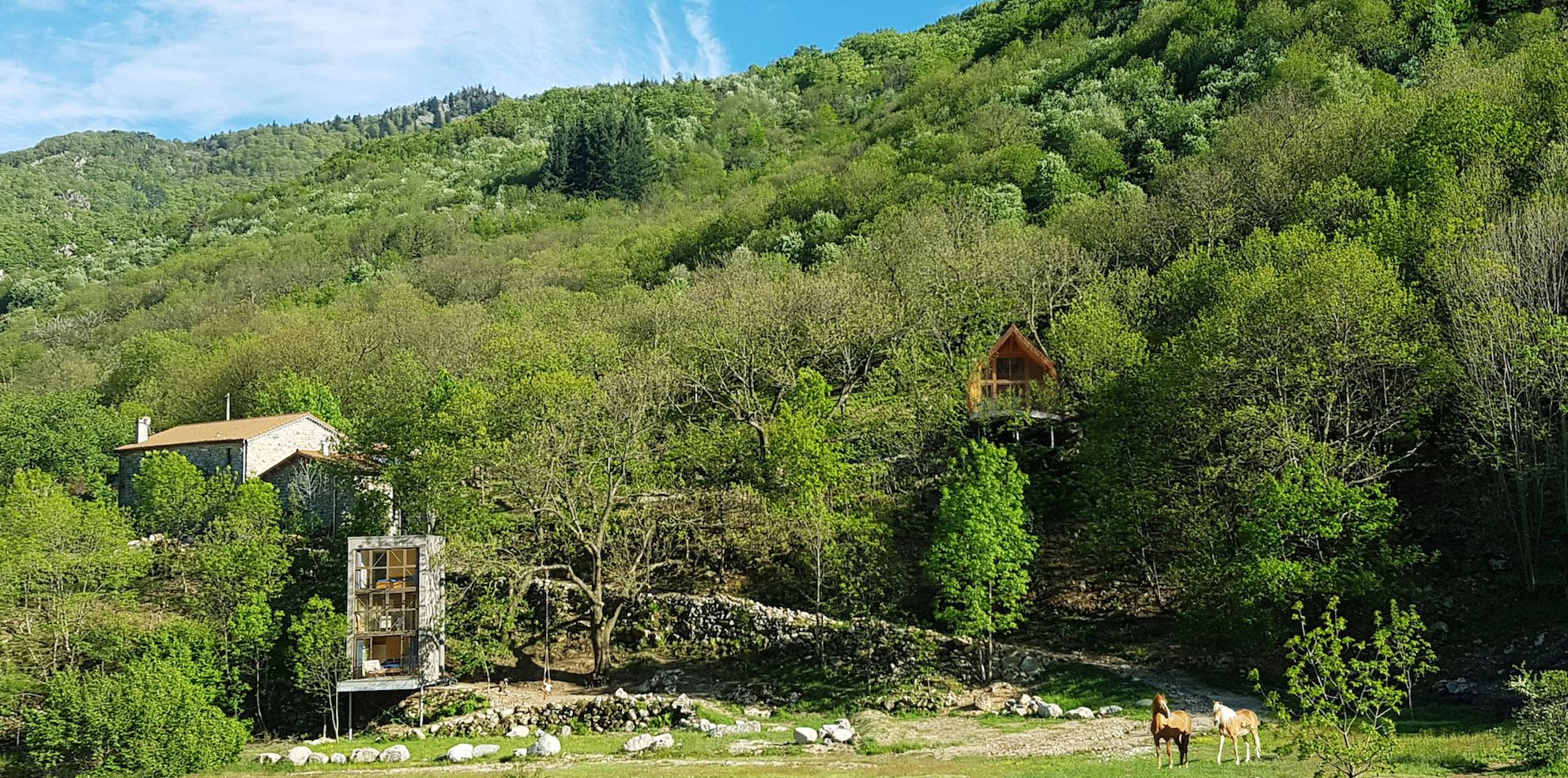 Cabanes insolites et Chambres d'hôtes en Ardèche